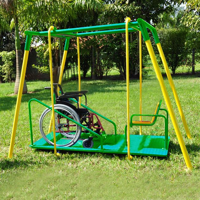 BALANÇO PARA CADEIRANTE COM ACOMPANHANTE FRONTAL VAI E VEM – PLAYCAD02 - Flex Equipment